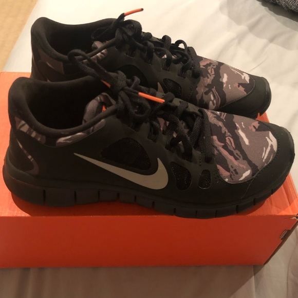 new product 2ddba cbf2e Nike Free 5.0 GS NWT